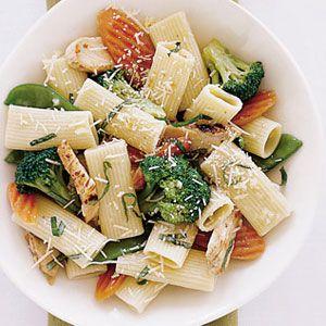 Rigatoni-Primavera-with-Chicken-Recipe