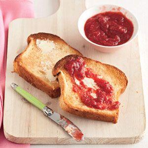 Easy-Strawberry-Preserves-Recipe