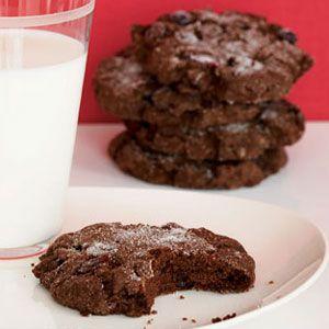 Monster-Chocolate-Crackle-Cookies