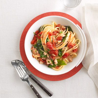 linguine with tomatoes spinach and clams