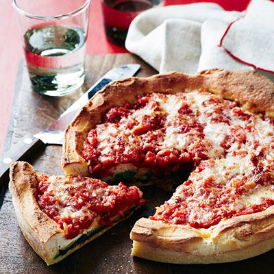 spinach and pepperoni stuffed deep dish pizza