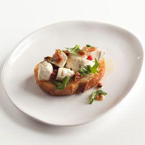 Mozzarella-Arugula-Crostini-Recipe