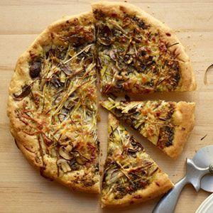 Leek-Mushroom-Pesto-Pizza-Recipe