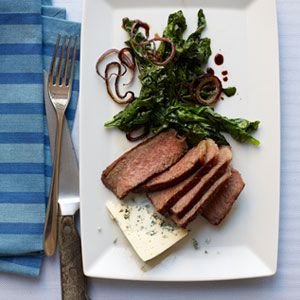 Seared-Steak-with-Red-Onions-Spinach-Recipe