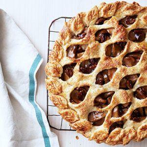Brown-Sugar-Pecan-Apple-Pie-Recipe