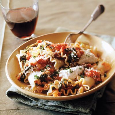 Valerie Bertinelli's Spinach and Cheese Lasagna