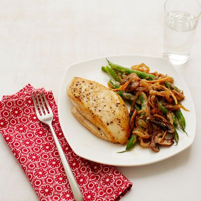 chicken with creamy green beans and mushrooms