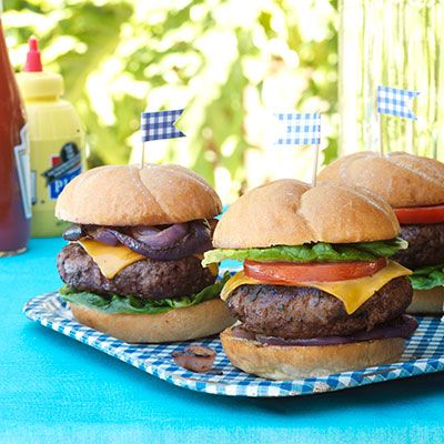 redeye rubbed burgers with worcestershire glazed onions