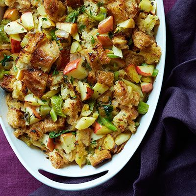 caramelized onion stuffing with apples and sage