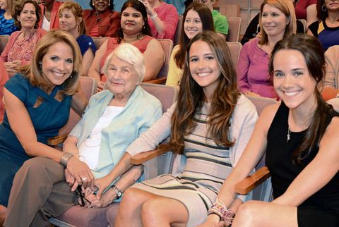 katie couric with mom and daughters