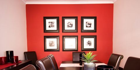 <p>Whether you're mixing family photos, using wall shelves or want a clean, symmetrical look, read on for three ways to display photographs on your home's walls.</p>