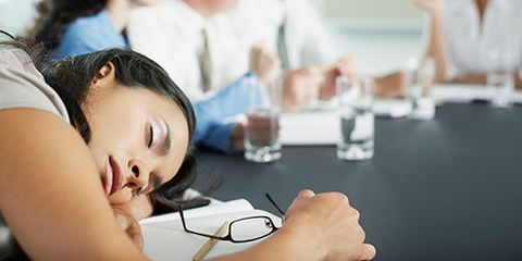 <p>If you've tried loads of coffee or energy drinks to keep you awake and alert, you know that their side effects—jitters, GI distress—aren't pretty. The good news: You can eat your way out of a too-tired-to-do-anything morning or an afternoon slump in the office. These 10 foods help your brain stay focused, healthy and sharp.</p>