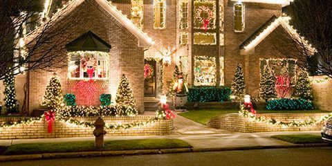 How to lower electric bill ways to save electricity pfrom the tree lights to your outdoor a hrefhttp solutioingenieria Images