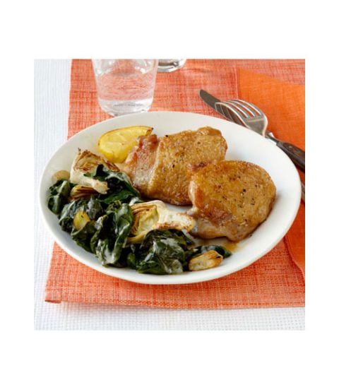 """<p>Easy, healthy, and packed with protein, this dinner is nutritious and flavorful.</p> <p><a href=""""http://www.womansday.com/recipefinder/seared-chicken-creamy-spinach-artichokes-recipe-wdy0513"""" target=""""_self""""><strong>Get the recipe</strong></a></p>"""