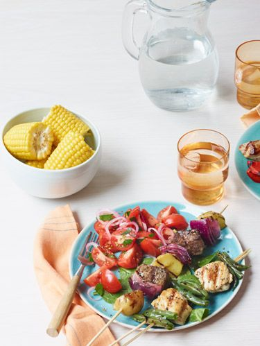 <p>Whether you like traditional beef skewered with veggies, or want to try something unique like Italian sausage and grapes, there is are ways to get the best results from your kebabs. Read on to get the right tools and skewer tips.</p>
