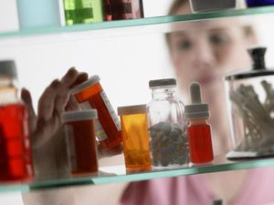 <p>Back ache? Upset stomach? Before you hit the pharmacy or your medicine cabinet, which meds are worth reaching for. Click through to learn what's best to take for pain relief.</p>