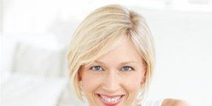 How To Color Your Hair At Home - Tips for Coloring Hair At Home