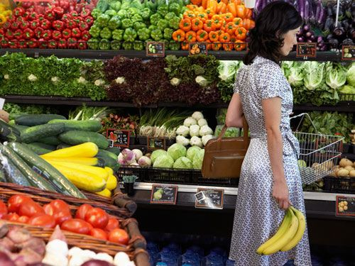 "<p>Load up on fruits and veggies. Never skip breakfast. Watch your portion sizes. While you've got a pretty good handle on the healthy eating basics, there are some lesser-known guidelines that could help you lose weight, feel fuller faster and boost the nutrients in your food. ""The key is figuring out which ones translate to your lifestyle,"" says Stephanie Middleberg, RD, founder of <a href=""http://www.middlebergnutrition.com/"" target=""_blank"">Middleberg Nutrition</a> in New York City. So here, 10 quirky tips you've likely never heard before—test them out and determine which work best for you.</p>"