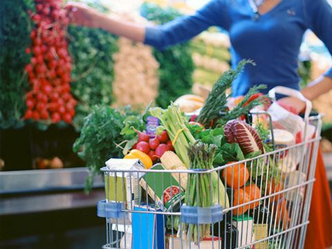 <p>Grocery shopping is not a new thing for you. In fact, you're probably there as many as a few times per week! But some seemingly unrelated things you do in the store—from whether you grab a cart or a basket to whether you pay with cash or credit—can make or break a healthy-eating habit. Follow these 10 tips next time you head to the store.</p>