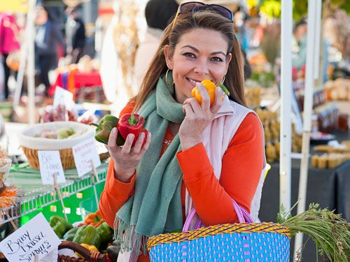 """<p>With the week's dinners, school lunches and inevitable snack cravings, it's easy to leave the grocery store with an overflowing shopping cart. Considering that <a href=""""http://www.nrdc.org/food/files/wasted-food-ip.pdf"""" target=""""_blank"""">40% of the land-grown food</a> in the U.S. doesn't get eaten, chances are some of your purchases will spoil and end up in the trash—along with the money you paid for them. A better idea: Buy berries, bananas and other fare with notoriously short shelf lives sparingly, and stock up on food that can stick around to please your family's unpredictable palates. Click through to find out which produce items stand the test of time. </p>"""