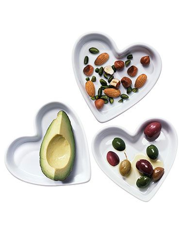 "<p class=""p1"">Trying to eat healthier? Instead of avoiding all fat, pay attention to the <em>type</em> that's on your plate. Experts say up to 35% of your daily calories can come from good fats, so focus on the three best kinds for your heart.</p>"