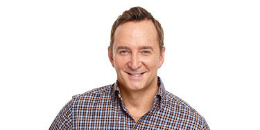 """<p>WD's new columnist, Clinton Kelly, is cohost of ABC's<em> </em><em>The Chew</em>. Email him your home, food or style questions:<a href=""""mailto:WDfeatures@hearst.com"""" target=""""_blank""""><em>WDfeatures@hearst.com</em></a><em>.<br /> <br /> </em><strong><em></em></strong></p> <p><strong><em>Q: Do you have any new ideas for easy parties? </em></strong>Virginia Butler, Lakewood, CO<em></em></p> <p>As it turns out, I'm chock-full of ideas! Spending quality time with my family and closest friends is my top priority, so I have to remind myself when life gets ridiculously busy to make time for them. Each to-do will get done. It always does. Not every party has to feature a Vegas-style buffet that requires a week of prep. Split the responsibilities and it becomes much more manageable.</p>"""