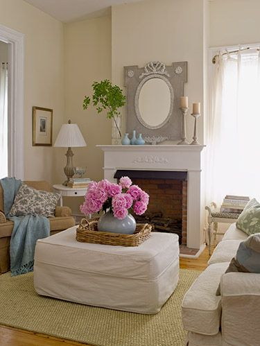 <p>The décor dream is to find pieces that'll not only look elegant and sophisticated, but also feel warm and inviting. That may sound like it's too good to be true, but the right inspiration and the perfect products can make it happen. Keep clicking to learn exactly how to create an inviting home on a budget. </p>