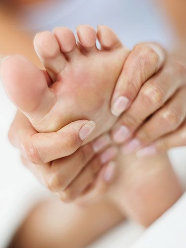 <p>Did you know 88% of women wear shoes too small for their feet? The wrong shoe size is just one of the reasons behind your aching feet. Click through to get to the bottom of your foot pain, and find your way to relief. </p>