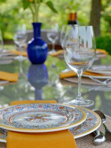 "<p>China isn't just for the holidays&#x3B; dust off your dishes and give them some fresh air! Set a beautiful table outdoors and <a href=""http://www.womansday.com/food-recipes/cooking-tips-shortcuts/cooking-for-a-crowd"" target=""_blank"">host a dinner party</a> under the stars.  </p>"