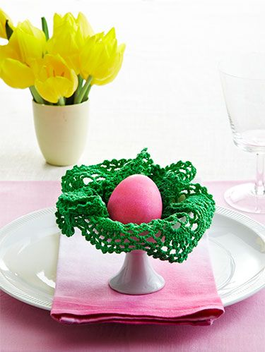 """<p><em>WD is excited to team up with <em><a href=""""http://www.craftsy.com/ext/WomansDay_DigitalPrint_12-1-13"""" target=""""_blank"""">Craftsy.com</a></em>, a learning site for crafters and cooks. Jane Dunnewold teaches The Art of Cloth Dyeing on <em>Craftsy.com</em>. Her classes help crafters of all levels explore effects for colorful, original fabric designs. Visit <em><a href=""""http://www.craftsy.com/wdcloth"""">Craftsy.com/WDCloth</a></em> for a 25% discount on Jane's Craftsy class, and <a href=""""http://www.womansday.com/home/craft-ideas/craft-projects"""">learn more about WD's partnership with Craftsy</a>. </em></p><p>Easter and crafts go hand-in-hand, so why not spotlight some seasonal creativity on the dining table. Follow these simple instructions to turn plain napkins and doilies into one-of-a-kind place settings.<em> <br /></em></p>"""