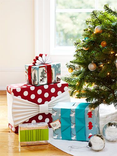 "<p>What's a present without presentation? Sure, <a href=""http://www.womansday.com/life/holidays/how-to-wrap-presents-like-a-pro-113020#slide-1"" target=""_self"">wrapping</a> may not last long come gift-opening time, but <a href=""http://www.womansday.com/life/holidays/4-ways-to-personalize-your-holiday-gifts-113847#slide-1"" target=""_self"">darling decorations</a> are sure to make any package stand out under the tree. No need for fancy (read: pricey) embellishments, though. Just a few tricks with items you already own can beautify any box. </p>"