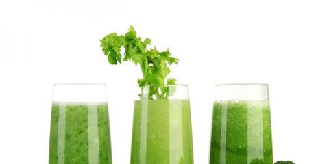Green, Liquid, Ingredient, Vegetable juice, Drink, Produce, Juice, Health shake, Tableware, Aojiru,