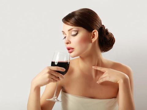 Stemware, Wine glass, Glass, Drinkware, Drink, Dessert wine, Tableware, Alcoholic beverage, Alcohol, Barware,