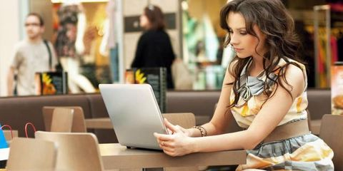 Sitting, Laptop, Comfort, Personal computer, Thigh, Computer, Lap, Necklace, Communication Device, Picture frame,