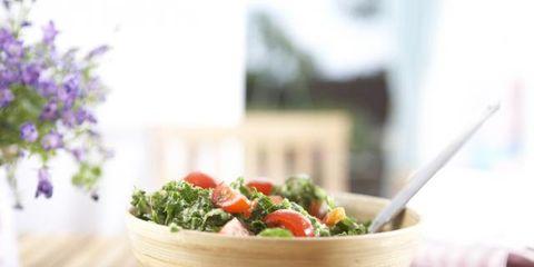 Ingredient, Food, Leaf vegetable, Bowl, Produce, Vegetable, Recipe, Tableware, Cuisine, Mixing bowl,