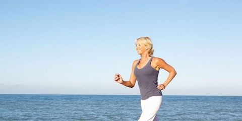 Coastal and oceanic landforms, Fun, Human body, Shoulder, Elbow, Human leg, Shore, Standing, Leisure, Summer,