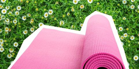 Textile, Pink, Magenta, Linens, Napkin, Purple, Home accessories, Violet, Household supply, Mat,