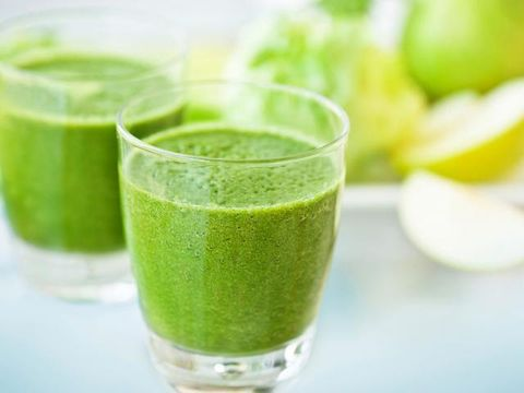 Green, Ingredient, Vegetable juice, Juice, Food, Aojiru, Drink, Health shake, Tableware, Produce,