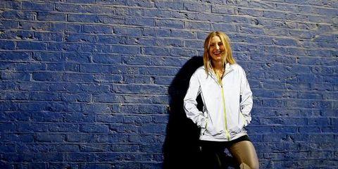 Blue, Sleeve, Outerwear, Wall, Collar, Style, Street fashion, Brick, Bag, Electric blue,