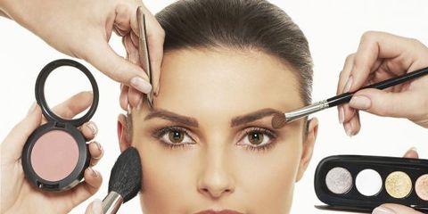 Finger, Lip, Cheek, Brown, Skin, Hairstyle, Eyelash, Eyebrow, Style, Beauty,