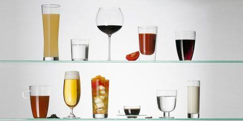 Drinkware, Glass, Drink, Stemware, Yellow, Alcoholic beverage, Barware, Alcohol, Liquid, Tableware,