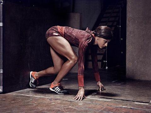 Clothing, Human leg, Shoe, Knee, Elbow, Street fashion, Carmine, Thigh, Calf, Sandal,