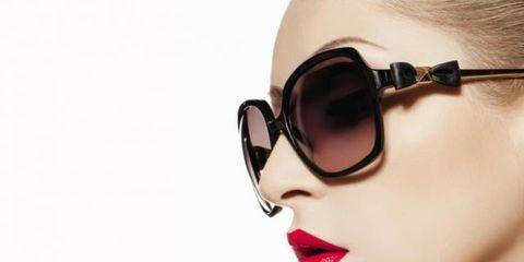 Eyewear, Glasses, Vision care, Finger, Lip, Earrings, Cheek, Skin, Goggles, Eyelash,