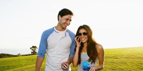 Happy, Water bottle, People in nature, Leisure, Summer, Drinkware, Drink, Plain, Grassland, Bottle,