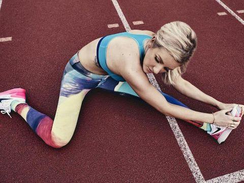 Human leg, Elbow, Joint, Knee, Wrist, Chest, Thigh, Trunk, Physical fitness, Abdomen,