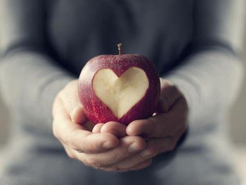 Finger, Produce, Fruit, Sweetness, Natural foods, Carmine, Apple, Still life photography, Accessory fruit, Love,
