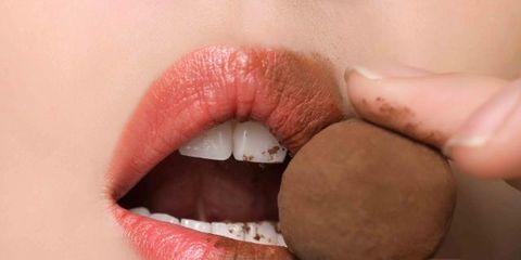 Finger, Lip, Brown, Skin, Organ, Tooth, Thumb, Nail, Flesh, Chemical compound,