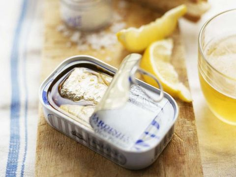 Ingredient, Drink, Lemon, Citrus, Food, Tableware, Fruit, Meyer lemon, Produce, Sweet lemon,