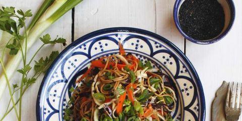 Dishware, Food, Ingredient, Produce, Tableware, Cuisine, Cutlery, Vegetable, Kitchen utensil, Serveware,