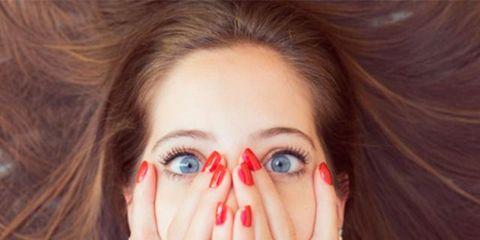 Finger, Lip, Hairstyle, Skin, Eyelash, Eyebrow, Nail, Iris, Organ, Colorfulness,